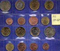Mix-set EURO-Einführung Niederlande 1999-2002 Stg 24€ Staatlichen Münze Amsterdam Mit 1C.- 2€ With 8 Coins Of Nederlande - [ 3] 1815-… : Kingdom Of The Netherlands