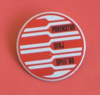 YUGOSLAVIAN ROWING CHAMPIONSHIP 1980. - Participant Pin * Badge Aviron Rudersport Rudern Rudernd Ruder Remo Canottaggio - Rudersport