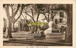Cpa 34 Agde, Place De La Marine, Animée... Carte Peu Courante - Agde