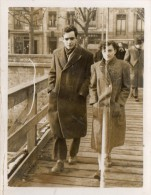 PHOTO  VERITABLE  -   BESANCON  -  24  JANVIER  1952. - Places