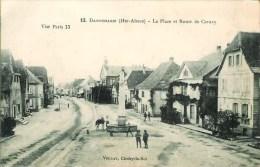 68 DANNEMARIE  La Place Et Route De Cernay - Dannemarie