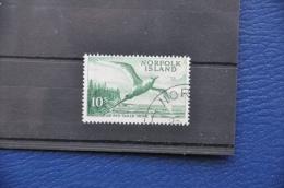 G 069 + NORFOLK ISLANDS 1960 RED TAILED TROPIC BIRD CANCELLED WITH ORIGINAL GUM!!! - Norfolk Eiland