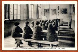 14  CPA Animée De LISIEUX    Oeuvre Familiale Sainte Thérèse, Une Classe         Bon état - Lisieux