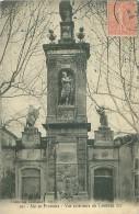 13 - AIX-en-PROVENCE - Vue Extérieure Du Tombeau Sec - Aix En Provence