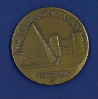 MEDAGLIA IN BRONZO - PIRAMIDE DI CAIO CESTIO PORTA SAN PAOLO - 4 GIUGNO 1984 - 40° DELLA LIBERAZIONE - Italia