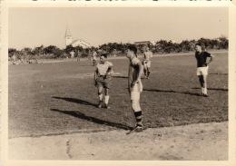 4 Photo D´un Match De Foot Football à Kitona Congo Afrique - Etiquettes