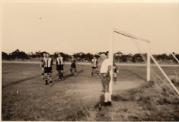 4 Photo D´un Match De Foot Football à Kitona Congo Afrique - Autres