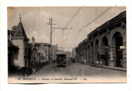Biarritz Vue De L'avenue Et Des Geleries Edourad VII Avec Tramway Portant Pub Pour Savon Sunlight Carte LL N° 173 - Biarritz