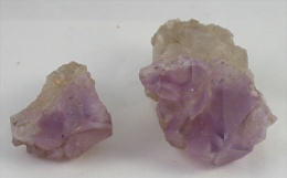 Lot De Deux Pierres D´améthyste Sur Gangue—96 G Les 2—Années 60 - Minerali