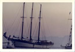 BATEAUX  -VOILIERS - Boats