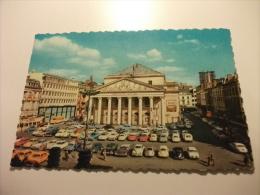 Auto Car Taxi Gialli Teatro Royal De La Monnaie Bruxelles Belgio - Taxi & Carrozzelle