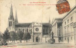CPA Pau - La Cathédrale Saint-Jacques Et Le Palais De Justice - Pau