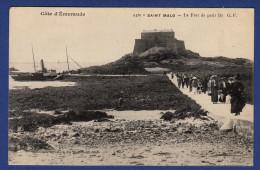 35 SAINT MALO Le Fort De Petit Bé ; Vedette - Animée - Saint Malo