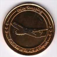 Médaille De Bon De Réduction à La Boutique Dutyfree : Aéroport De Francfort 31.12.2011 - Professionals/Firms