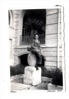 06 - Nice - 1941 - Photo Originale - Garçon Sur Un Pot De Fleurs - Format 9 X 6 Cm - Lieux