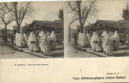 BISKRA  Femmes Mauresques Vue Stereoscopiques Julien Damoy Timbre Cachet - Biskra