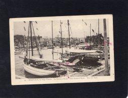 45196     Francia,  Deauville,  La  Plage Fleurie,  Le  Nouveau  Bassin,  VG - Deauville