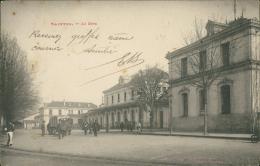 17 SAINTES / La Gare / - Saintes