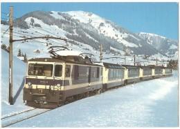 """TRAIN Suisse - EISENBAHN Schweiz - LES COMBES (entre Rougemont Et Château-d´œx) - """"Panoramic"""", Loc. GDe 4/4 6001 """"Vevey"""" - Trains"""