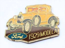 Pin's  FORD 1929 MODEL A - Logo - La Voiture Ancienne -   D118 - Ford