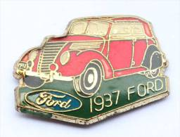 Pin's  FORD 1937 - Logo - La Voiture Ancienne -   D119 - Ford