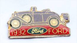 Pin's  FORD 1932 - Logo - La Voiture Ancienne -   D120 - Ford