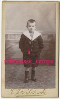 CDV Vers 1880- Portrait D'un Petit Garçon Sage En Costume Marin-photo Jotté-Latouche Rue De Siam à Brest-bel état - Fotos