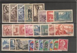 Algérie _ Lot De Timbes ( à Partir Du N° 321 +armoireries  _1954 - Algérie (1924-1962)