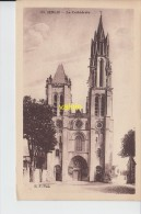 Senlis La Cathedrale - Senlis