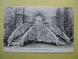 Saint Herbot. L´Eglise. L'Escalier Monumental. - Plonevez-du-Faou
