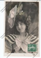 Célébrités - Miss Violette - Artistes
