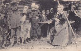 Al - Cpa Costumes Bretons - Au Grand Pardon De Ty Man Doué (Coiffes Du Finistère) - France