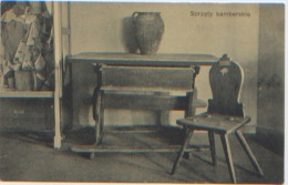 Pologne, Sprzety Bamberskie, Mobilier, Chaise, Table En Bois, N'a Pas Voyagé, Très Bon état, Dos Divisé - Pologne