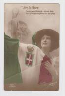 Militaria - Vers La GLOIRE - Revanche 262/4 - Femme Drapeau - Prenez Garde Allemands à La Brave Italie .... - Patriottisch