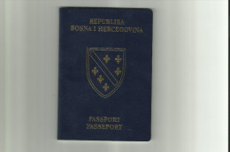 Expired Passport Gestrichen Reisepass Issued 1996 - Historical Documents