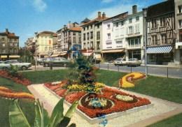 51 - CHALONS SUR MARNE - LA PLACE DE LA REPUBLIQUE - MACQUART - Châlons-sur-Marne