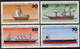 II. Quartal 1977 Burgen Kolbe Schiffe Schlösser Kreuz Berlin 532-548 O 7€ Ship Cross  Church Used Stamps Set Of Germany - Stamps