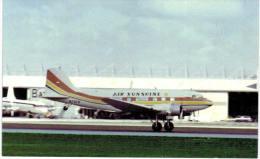 Thème -  Avion - Aviation Postcards 213 -  Air Sunshine - Douglas DC 3 - Format 8.5*13.5  Cm - - 1946-....: Moderne