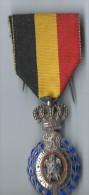 Médaille Du Travail / Argent / Avec Béliére/BELGIQUE/ Mi-  XXéme ? /       D402 - Belgique