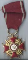 Médaille /Croix Du Mérite / Or / POLOGNE/ République Populaire / Mi-  XXéme ? /      D404 - Sonstige Länder