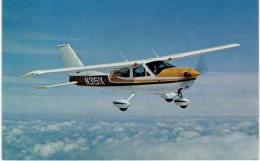 Thème -  Avion - Aircraft Collector Series - Cessna 177 Cardinal -  Format 8.5*13.5  Cm - - 1946-....: Modern Era