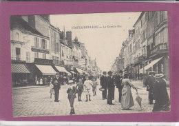77.- FONTAINEBLEAU .- La Grande Rue - Fontainebleau