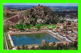 SHARAVANABELAGOLA, INDIA - AERIAL VIEW OF CHANDRAGIRI - TOURIST GUIDE - - Inde