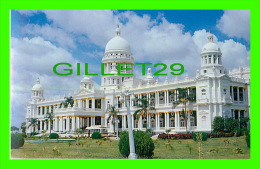 MYSORE, INDIA - LALITHMAHAL PALACE  - TOURIST GUIDE - - Inde