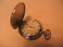 RELOJ DE BOLSILLO CON PILA       POCKET WATCH - Relojes De Bolsillo