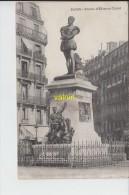 PARIS  Statue Etienne Dolet - District 05