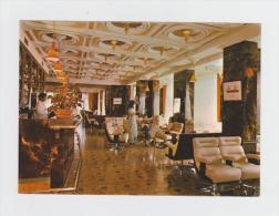83 - ILE De BENDOR - Bar De L'Hôtel Soukana - Multivues Barman - France