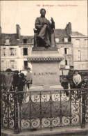 QUIMPER Statue De Laennec - Quimper