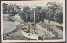 29----ILE DE BATZ--Le Port--le Vil---bateau Cpsm Pf - Ile-de-Batz