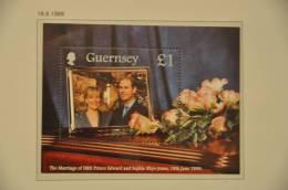 M ++ GUERNSEY 1999 MCHL SHEET 23 ROYAL MARIAGE  MNH ** - Guernsey